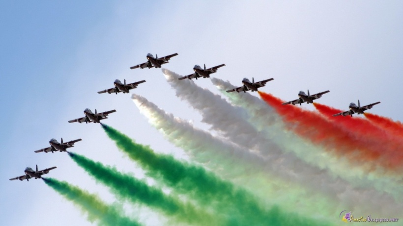 indian-flag-free-airforce-show-of-color-hd-207391.jpg